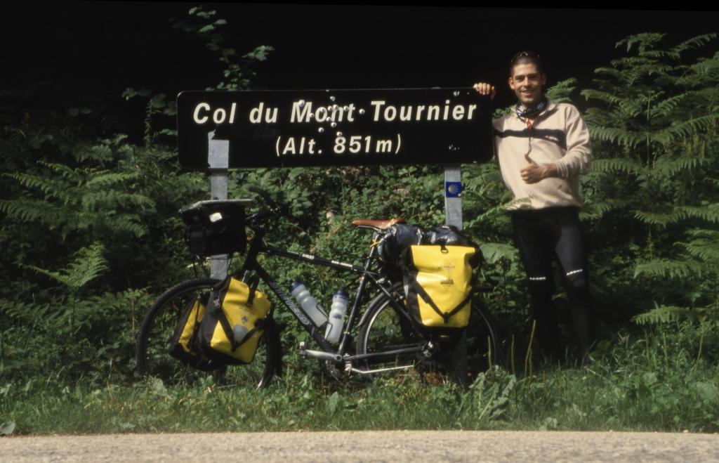 camino-f-col-mont-tournier-small