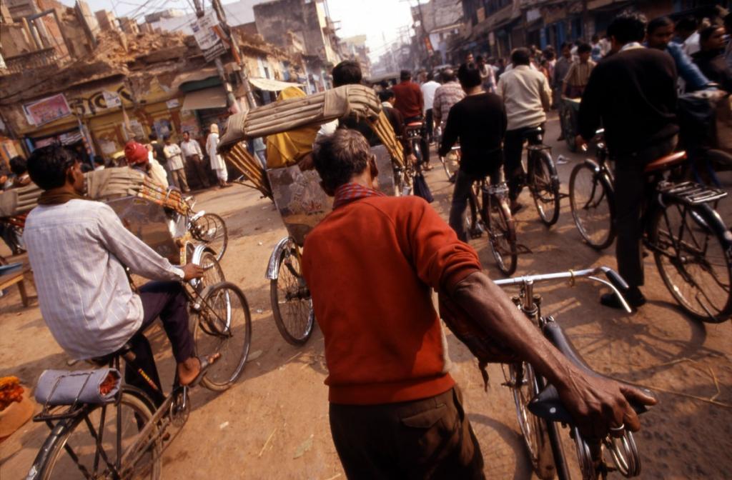 indien-rikshas-strassenszene
