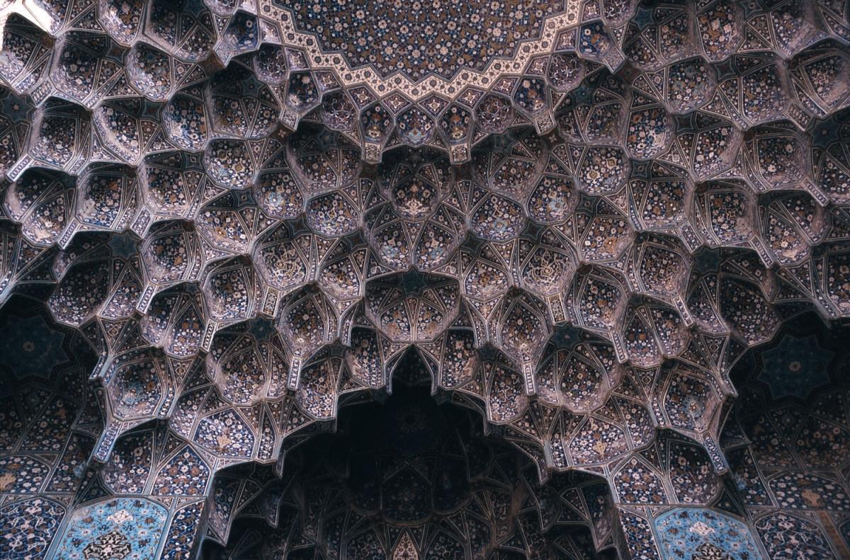 iran-esfahan-decke-small