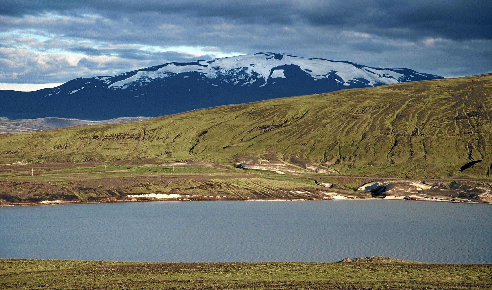 island-hekla-schatten-small