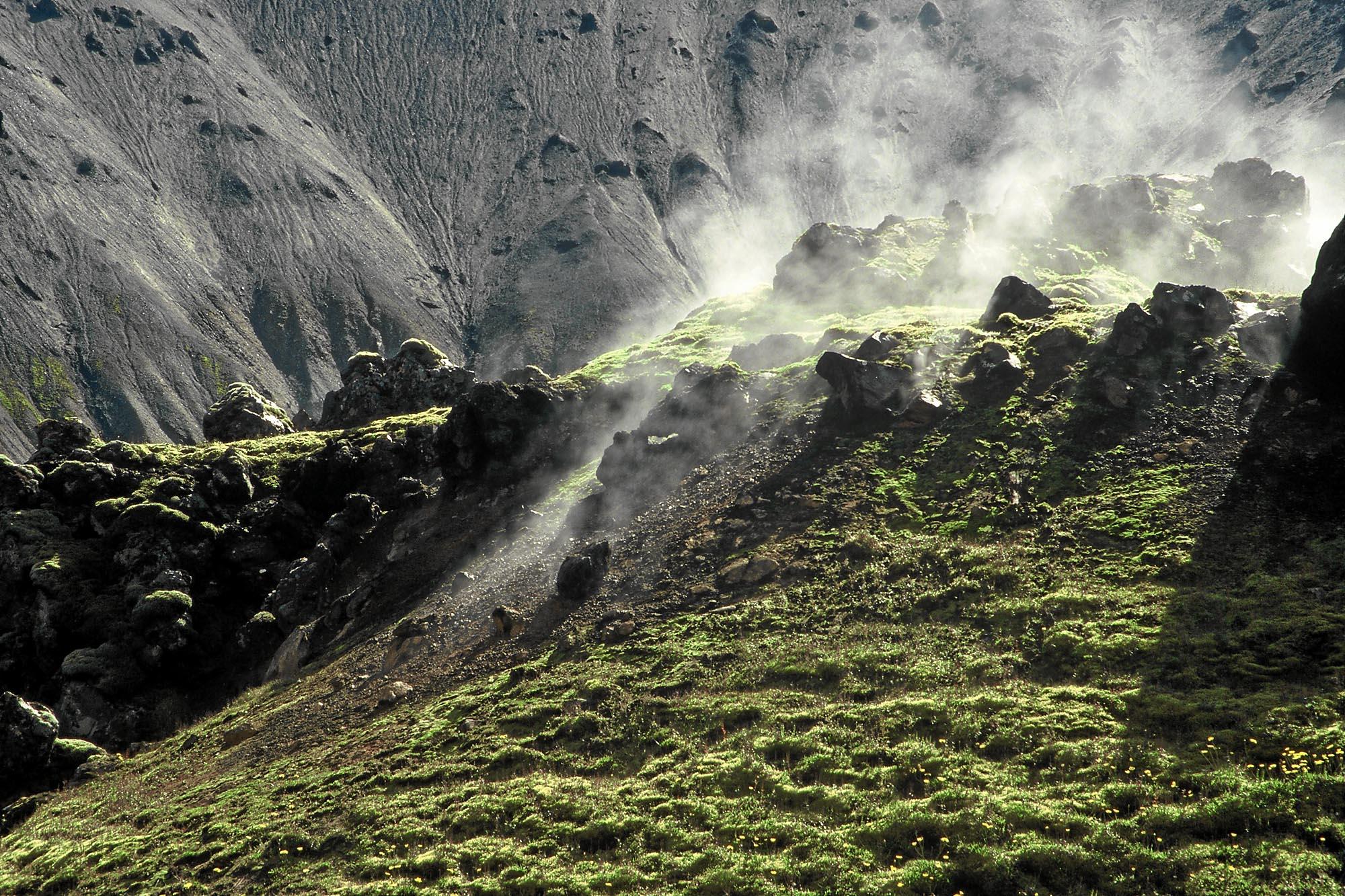island-landmannalaugar-dampf-small
