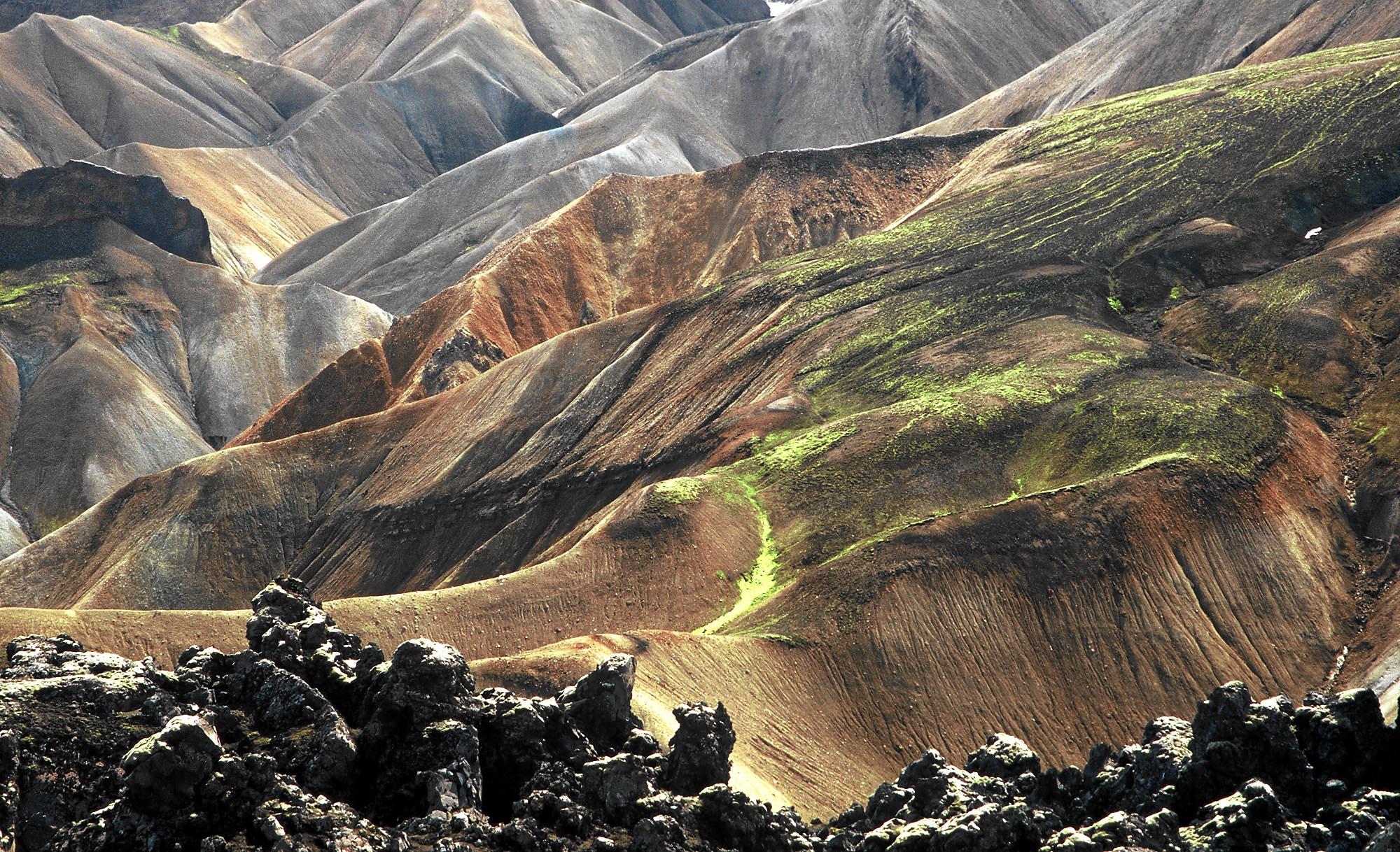 island-landmannalaugar-lava-small