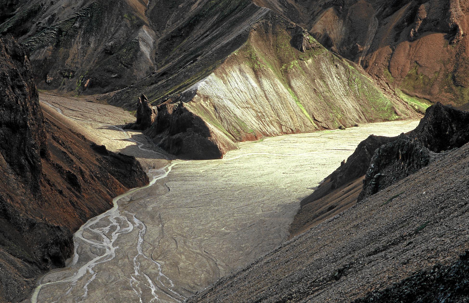 island-landmannalaugar-tal-small