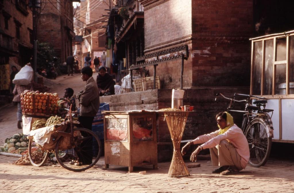 nepal-bhaktapur-strassenszene