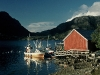 norwegen-fischerhuette-boot