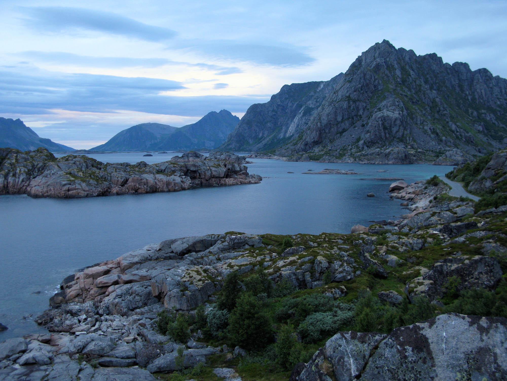 norwegen-lofoten-abend-small