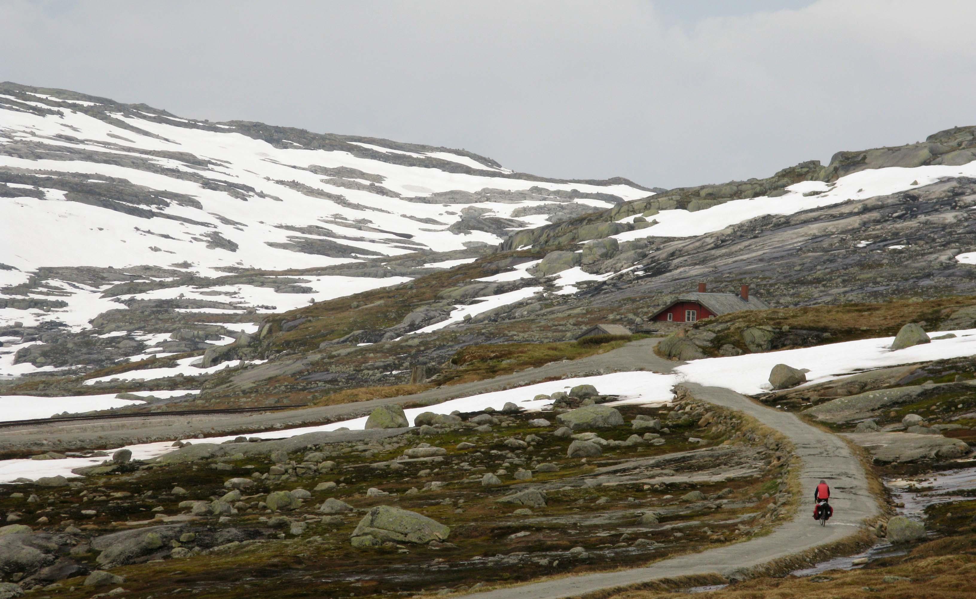 norwegen-rallarvegen-schnee