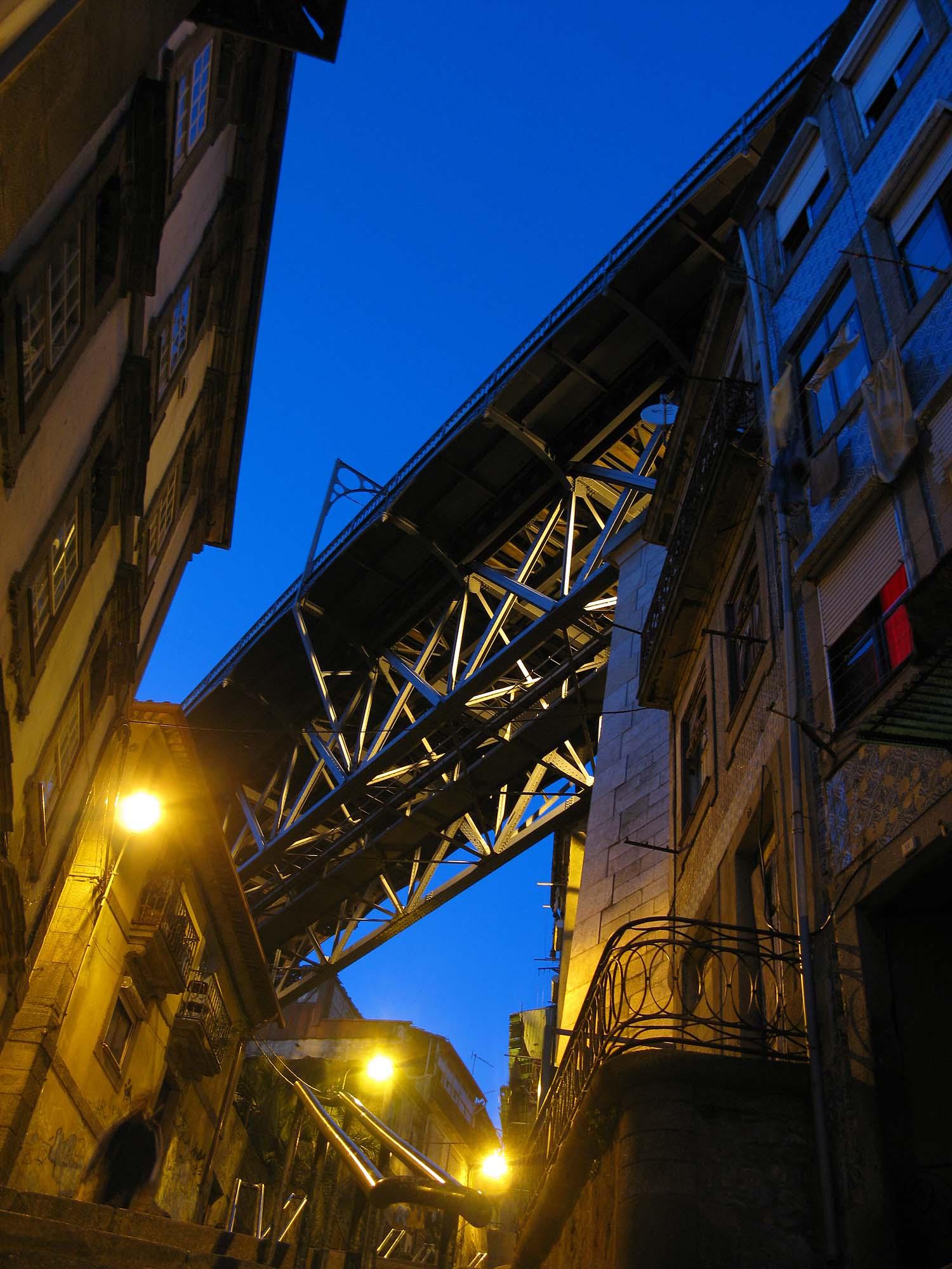 portugal-2010-bruecke-blaue-stunde-small