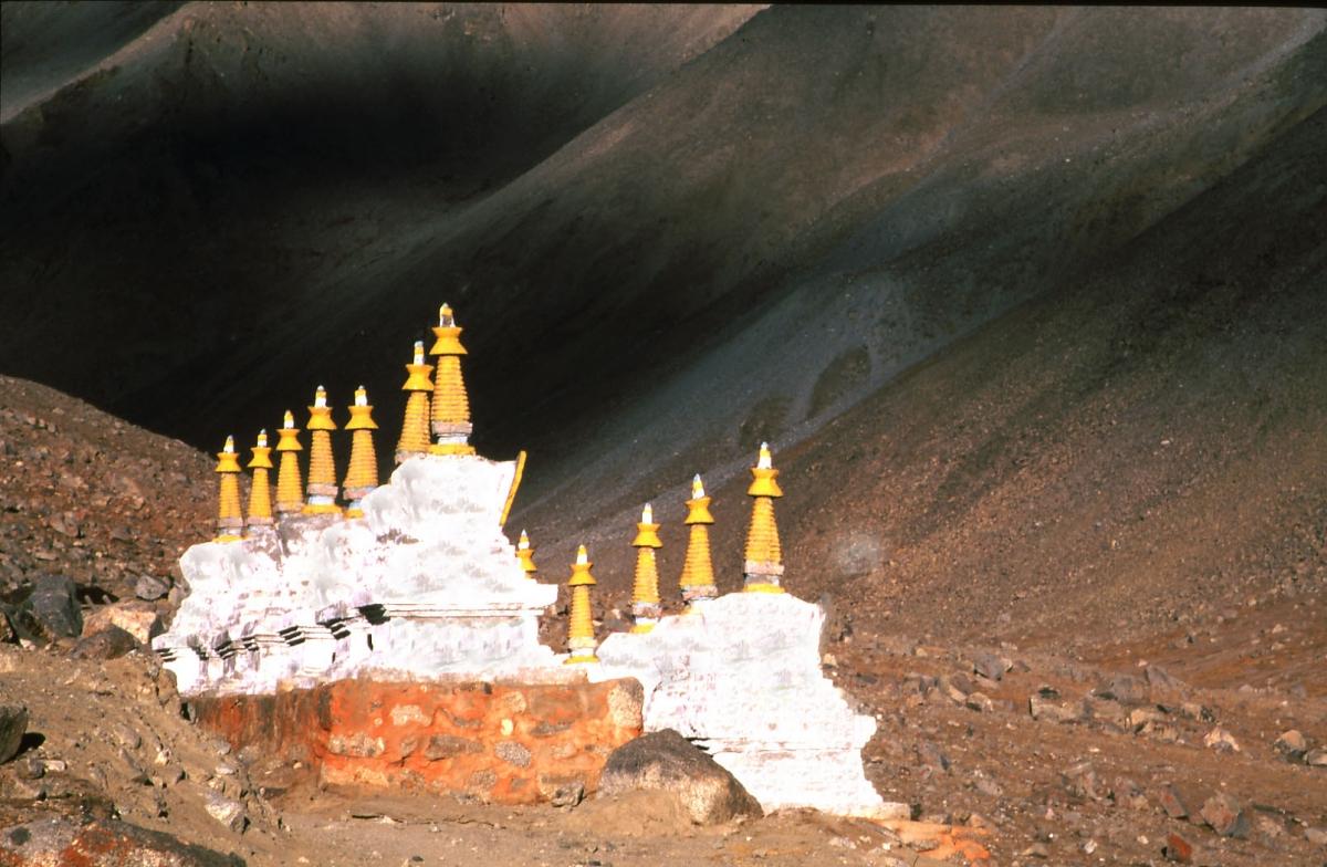 tibet-stupas-small