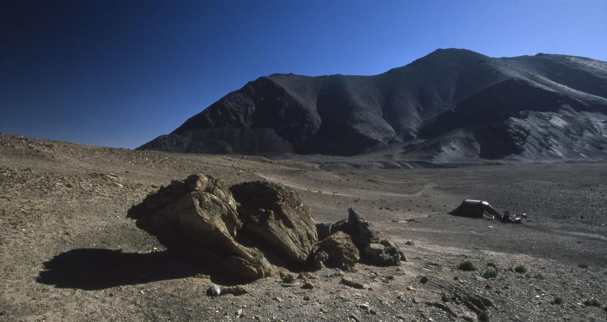 tajikistan-berge-pamir-zelt-small