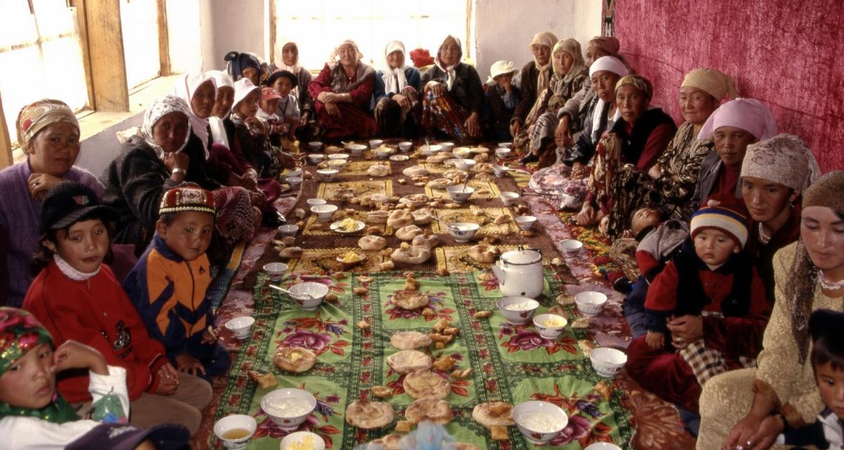 tajikistan-pamir-hochzeitsessen-murghab-small-kopie